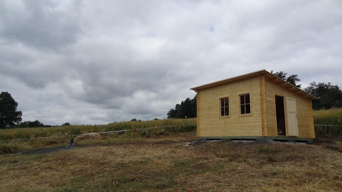 Výstavba zahradního domku na zemních vrutech