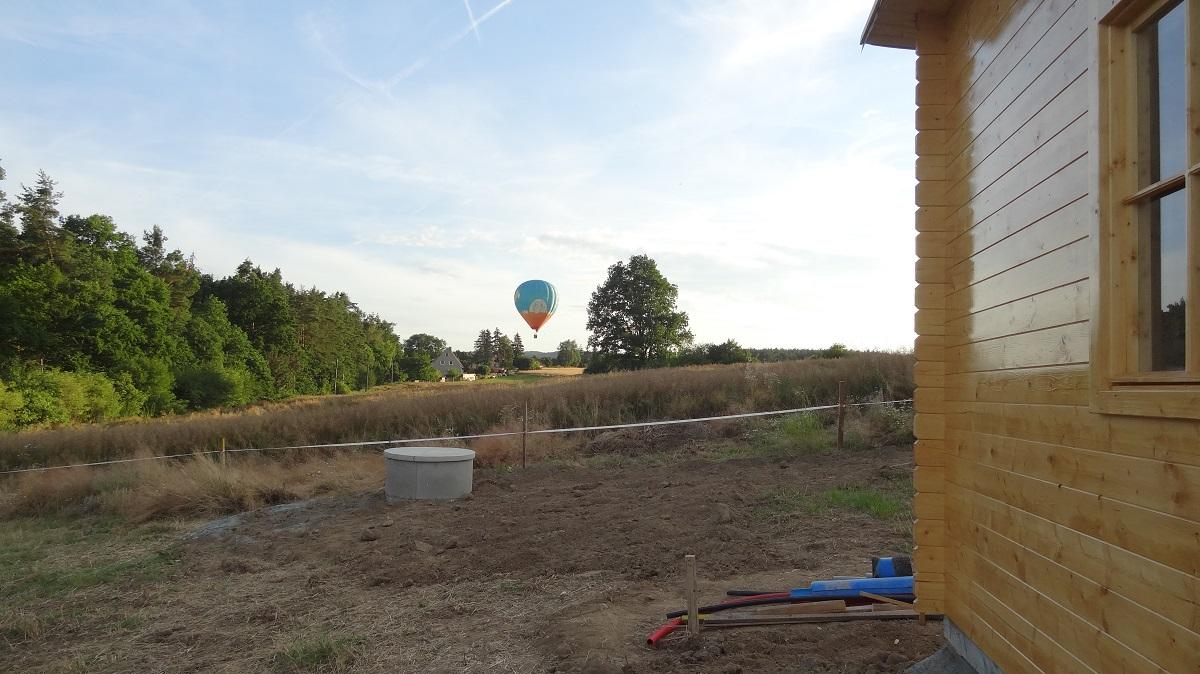 Finalizace zahradního domku a studny