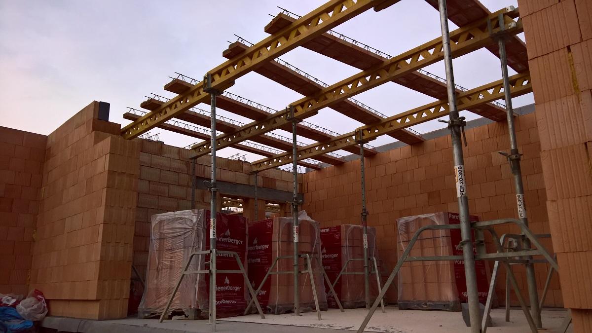 Montáž stropní konstrukce Porotherm
