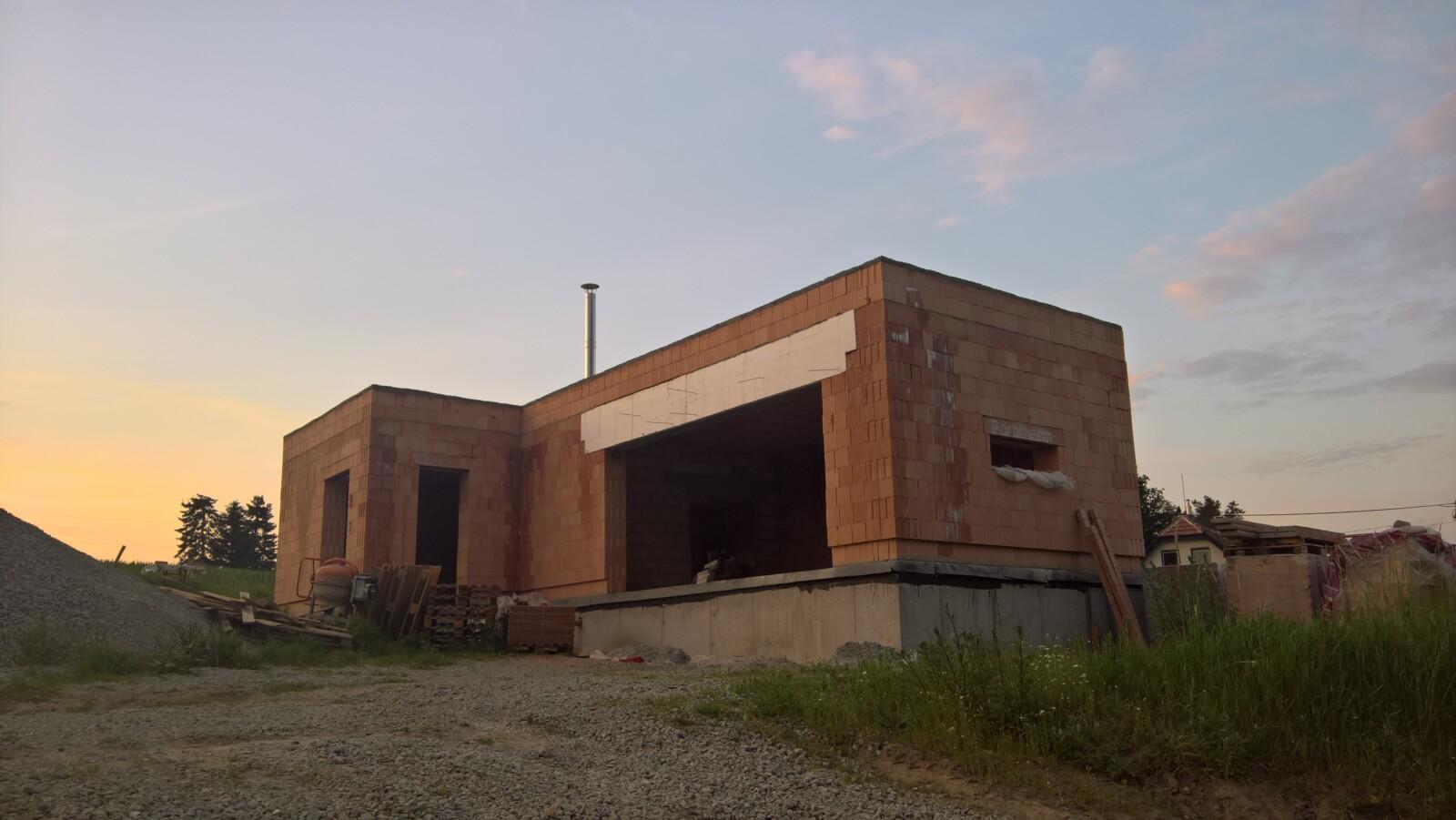 Stavba komínu