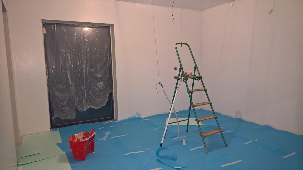 Zakrytí podlah kvůli malování