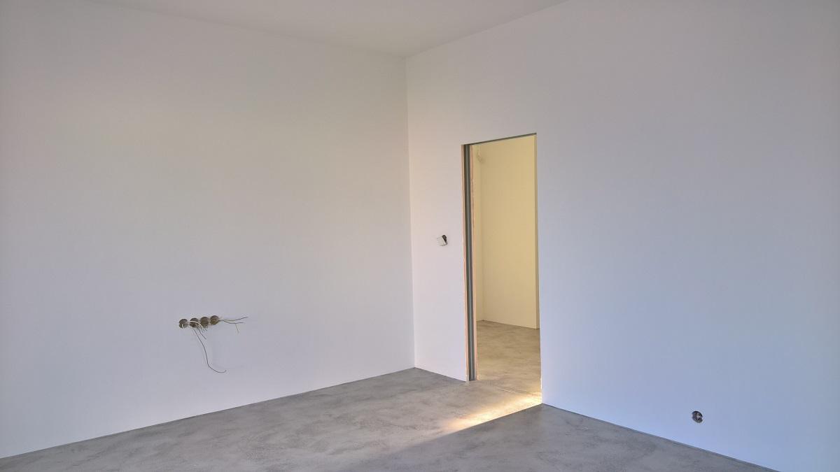 Realizace finální podlahové krytiny