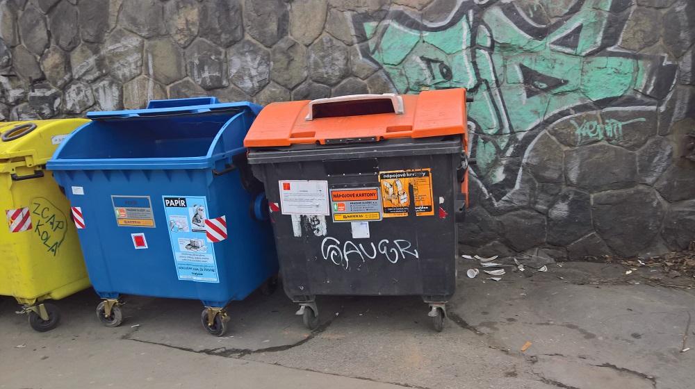 Kontejner na nápojové kartony