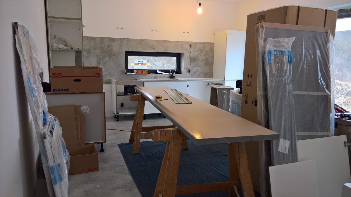 Montáž kuchyně na míru