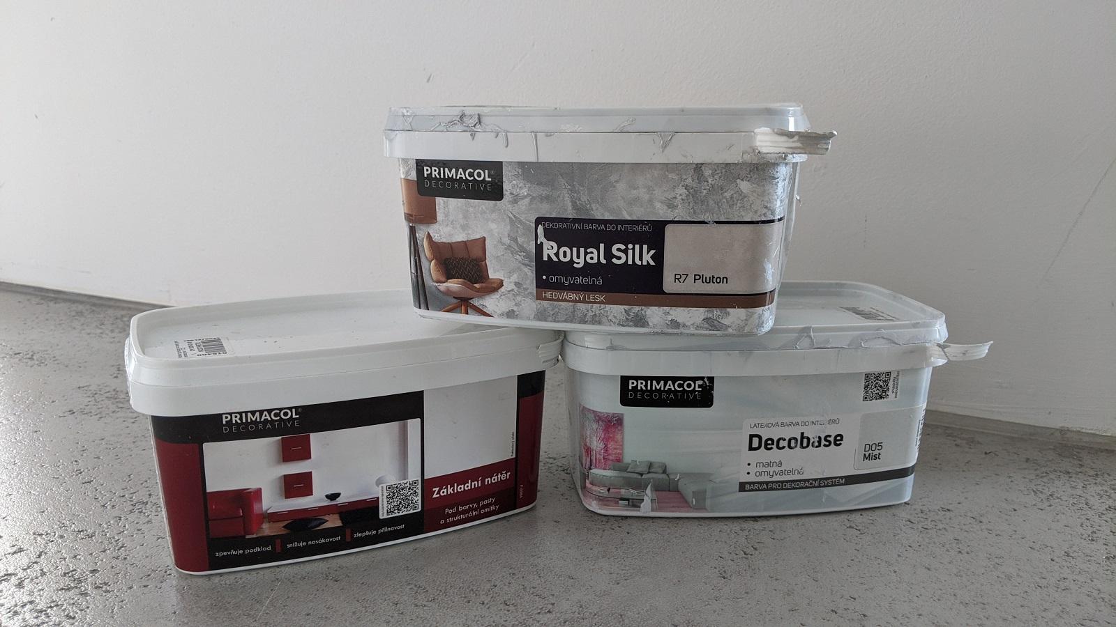 Materiál od firmy Primacol na omyvatelnou perleťovou stěrku