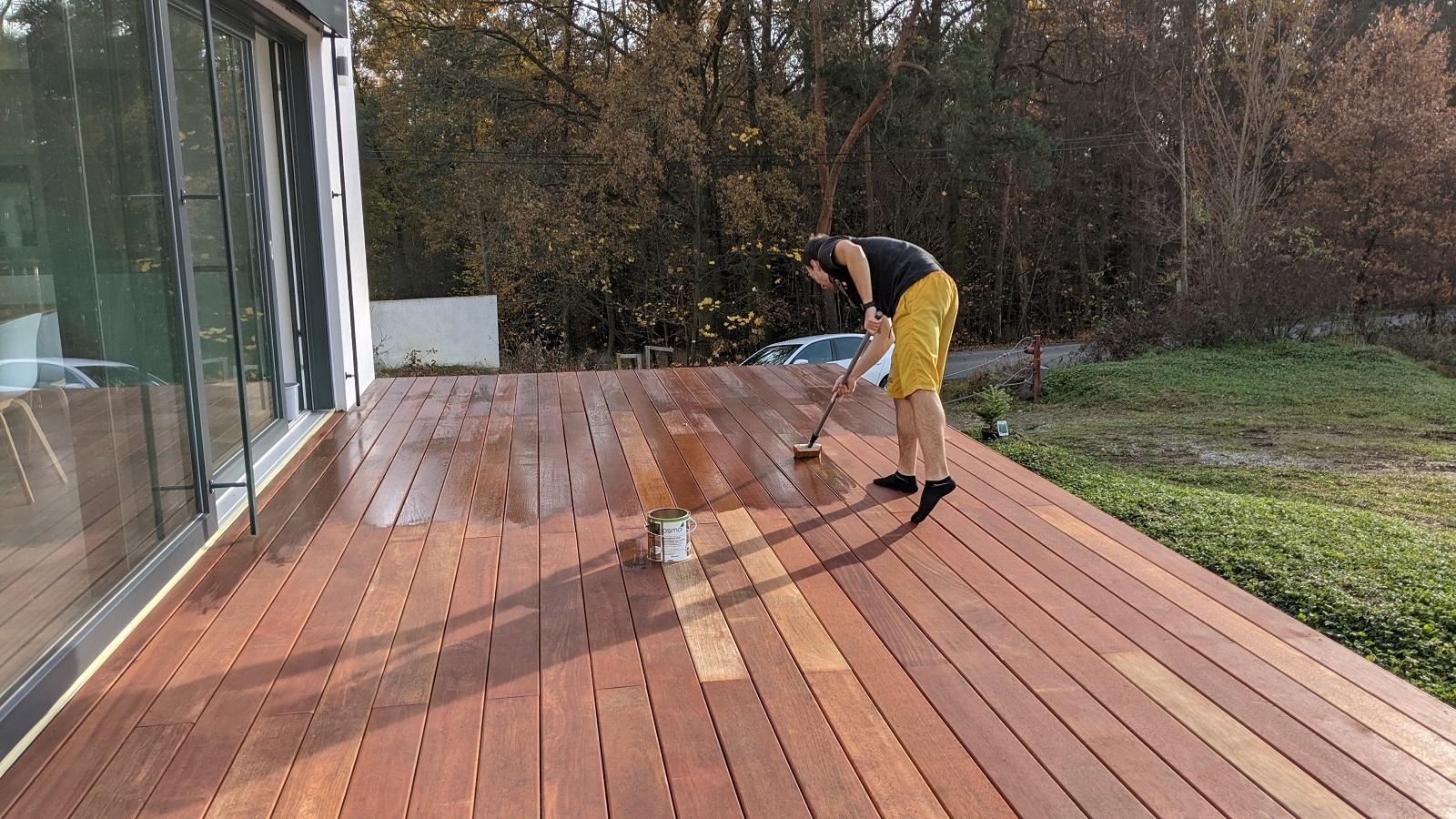 Údržba terasy z exotického dřeva